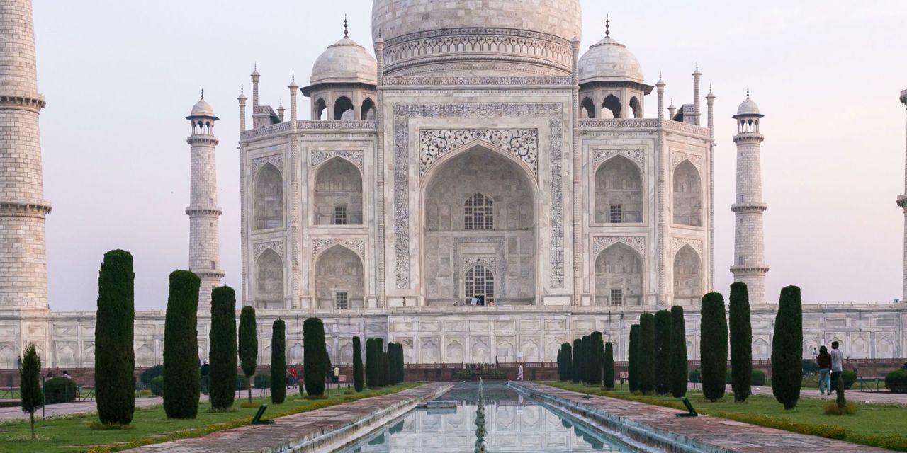 India Luxury Tour Packages : Taj Mahal