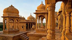 Essential of India tour package