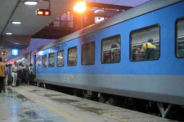 Same day trip to Agra by train